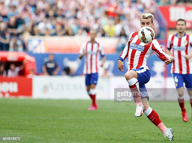 Atletico de Madrid's French forward Antoine Griezmann and Athletic de Bilbaos Spanish Defender Aymeric Laporte during the Spanish League 2014/15...