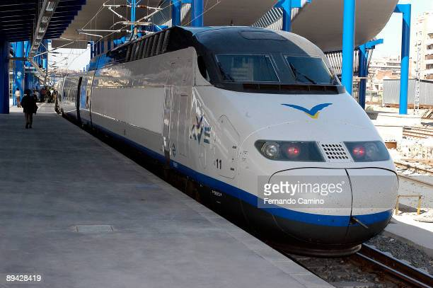 AVE MadridLleida Inauguration of the new highspeed railway between Madrid and Lleida Train at the Lleida station