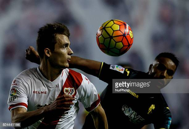 Rayo Vallecanos Spanish Defender Javier Llorente and Granadas French forward Youssef EL ARABI during the Spanish League 2015/16 match between Rayo...