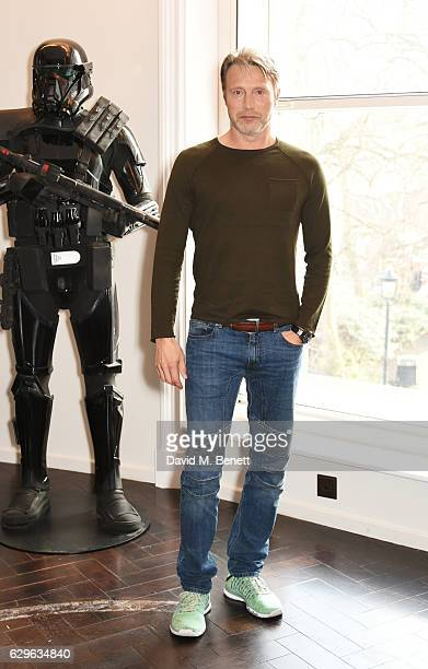 Mads Mikkelsen attends a photocall for Rogue One A Star Wars Story at the Corinthia Hotel London on December 14 2016 in London England