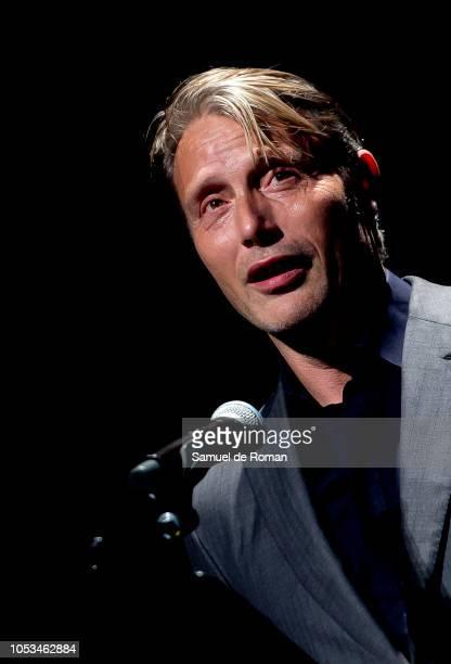 Mads Mikkelsen recives the Evolution Vision award during the opening day at Evolution Mallorca International Film Festival 2018 on October 25, 2018...