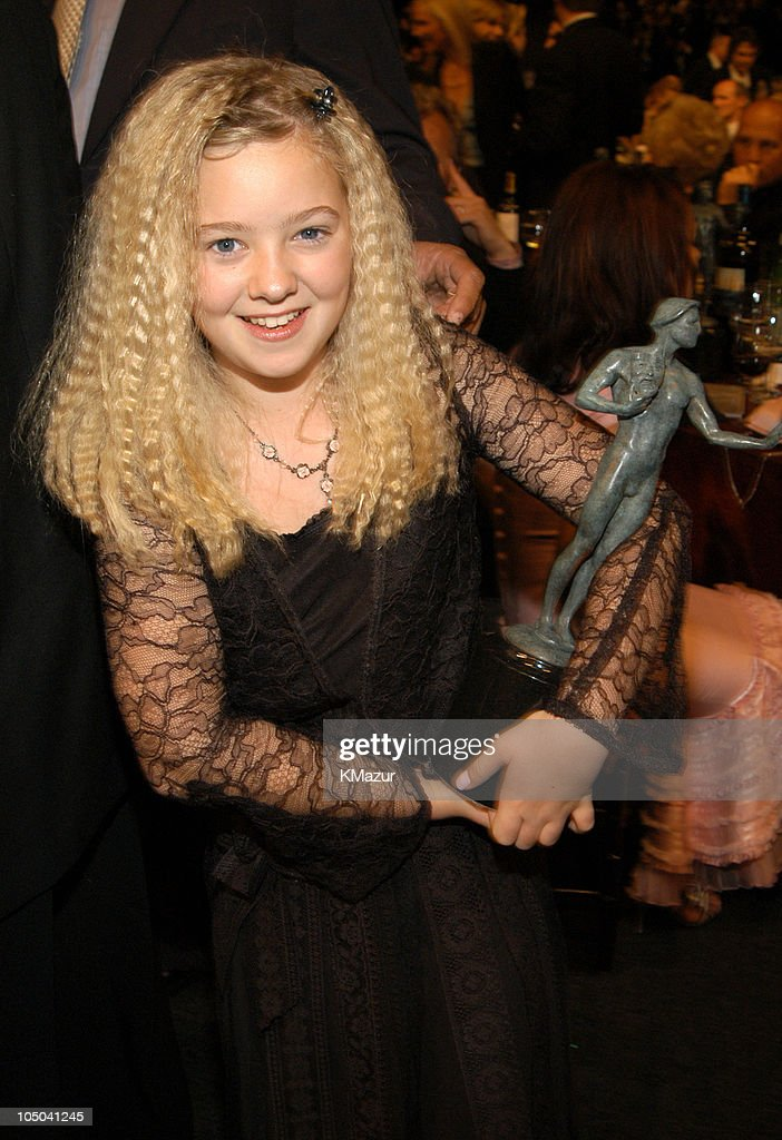 Ninth Annual Screen Actors Guild Awards - Backstage and Audience : News Photo