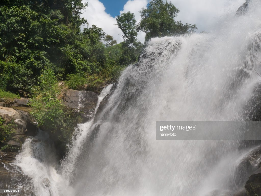 Mae Klang waterfall, Doi Inthanon national park, Chiang Mai, Tha : Stock Photo