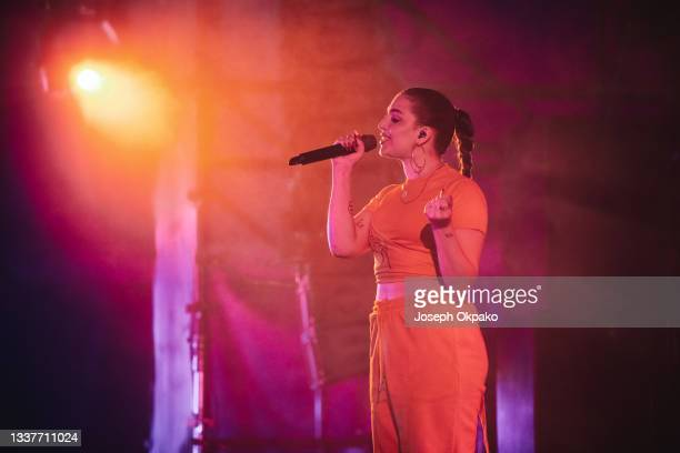 Mae Muller performs on the Festival Republic stage during Reading Festival 2021 at Richfield Avenue on August 29, 2021 in Reading, England.