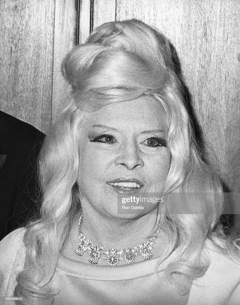 Mae West net worth
