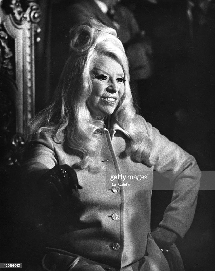 Paul Novak Mae West