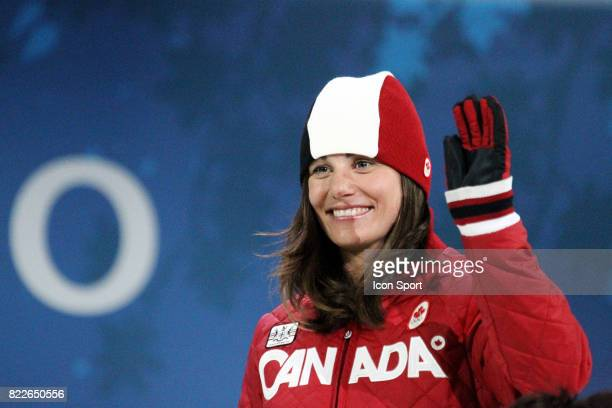 Maelle Ricker Remise des medailles Snowboard Cross Cypress Mountain Jeux Olympiques 2010 Vancouver