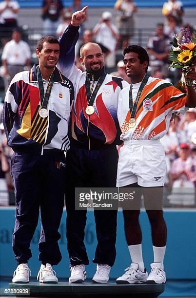 TENNIS Maenner/FINALE/ATLANTA 1996 3896 G Andre AGASSI/USA S Sergi BRUGUERA/ESP B Leander PAES/IND