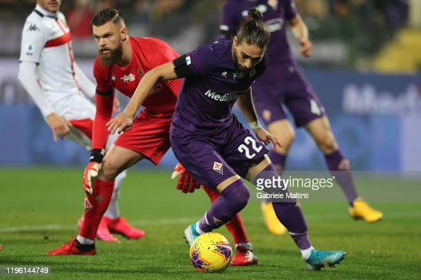 Maertin Caceres and Bartlomiej Dragoski of ACF Fiorentina in action during the Serie A match between ACF Fiorentina and Genoa CFC at Stadio Artemio...
