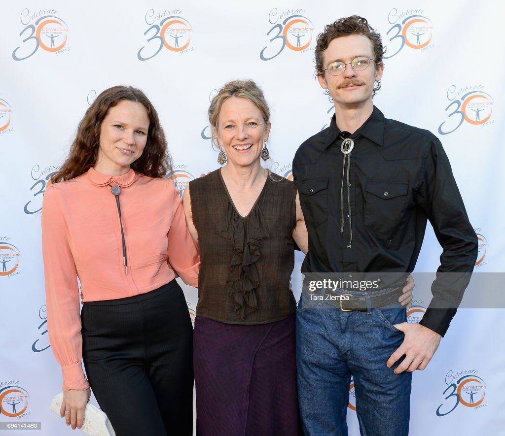 30th Anniversary Bridge Awards - Arrivals : News Photo