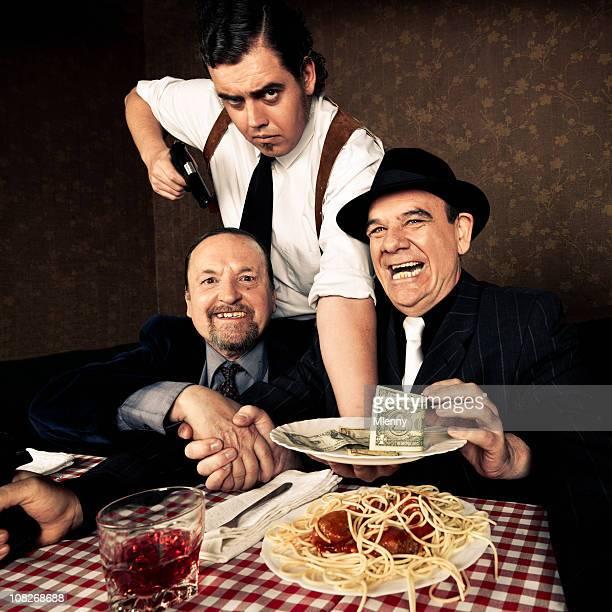 Mafia Herren-Szene in italienisches Restaurant