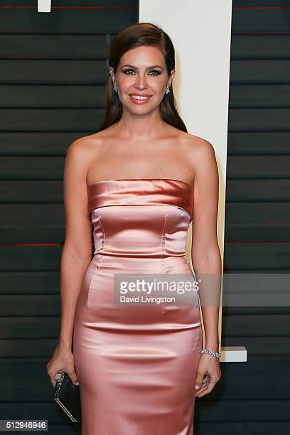 Magazine editorinchief Dasha Zhukova arrives at the 2016 Vanity Fair Oscar Party Hosted by Graydon Carter at the Wallis Annenberg Center for the...