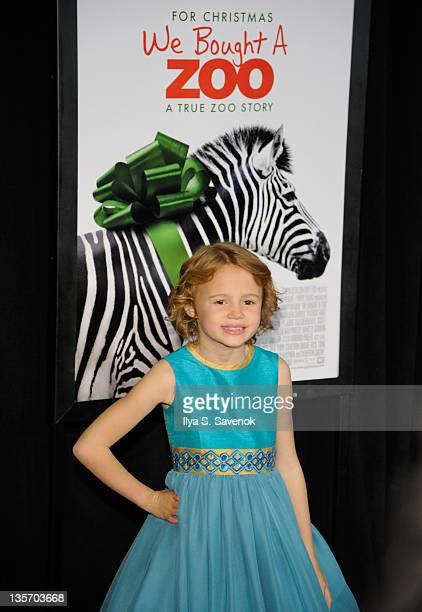 """Maggie Elizabeth Jones attends the """"We Bought a Zoo"""" premiere at Ziegfeld Theater on December 12, 2011 in New York City."""