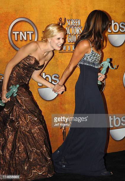 Maggie Grace and Michelle Rodriguez of 'Lost' winner Outstanding Performance by an Ensemble in a Drama Series