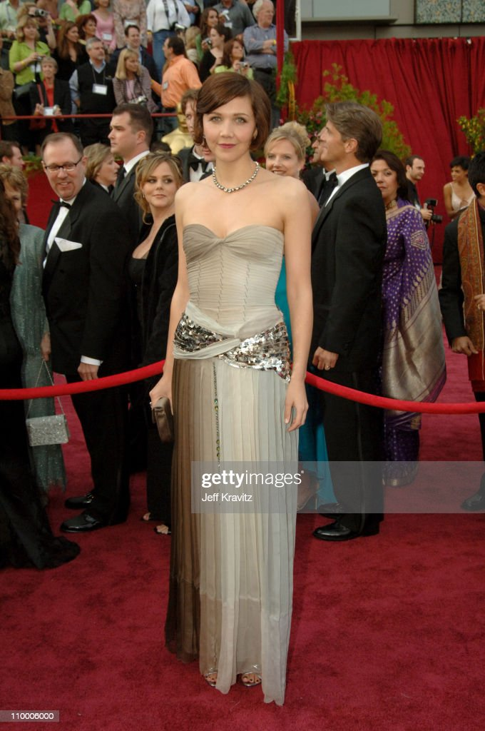 Maggie Gyllenhaal during The 77th Annual Academy Awards - Arrivals at Kodak Theatre in Los Angeles, California, United States.