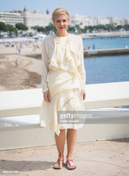 Maggie Gyllenhaal poses during the photocall of 'The Honourable Woman' at MIPTV 2014 at Hotel Majestic on April 7 2014 in Cannes France