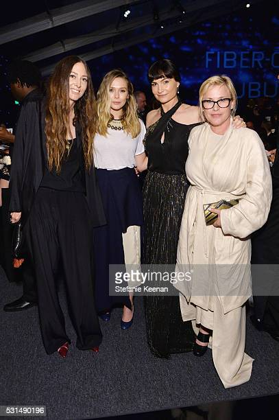 Maggie Kayne actress Elizabeth Olsen Rosetta Getty and actress Patricia Arquette attend the MOCA Gala 2016 at The Geffen Contemporary at MOCA on May...