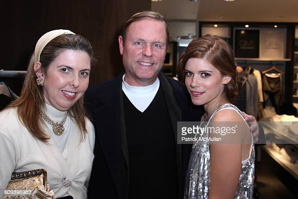 Maggie Rooney Chris Mara and Kate Mara attend CLUB MONACO PRESENTS CASHMERE and COCKTAILS with KATE MARA at Club Monaco 57th St on December 19 2007...