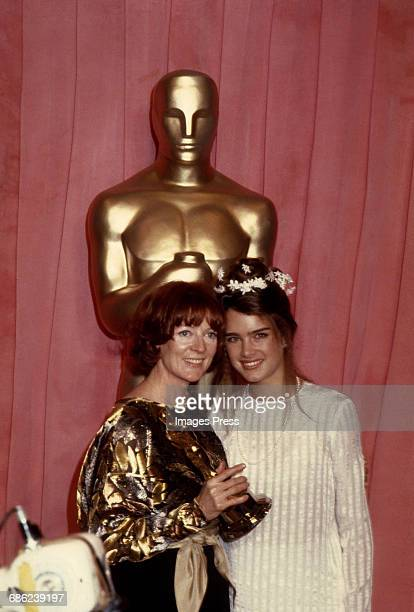 Maggie Smith and Brooke Shields attend the 51st Academy Awards circa 1979 in Los Angeles California