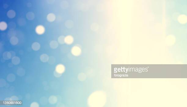 magic defocused lights - lens flare stock pictures, royalty-free photos & images