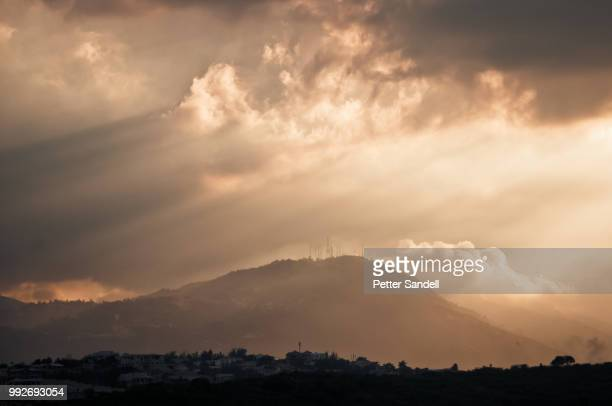 magic light of haiti - paisajes de haiti fotografías e imágenes de stock