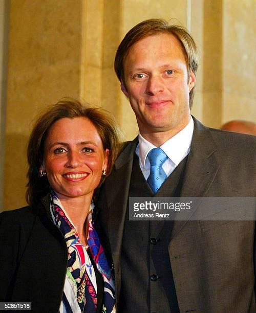 Magic of Sports 2003 Sportgala Hamburg Festakt zur Olympiawoche Gerhard DELLING mit Isabelle WAGNER