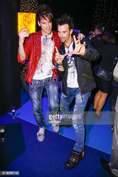 Magician Christian Ehrlich and his brother Andreas Ehrlich during the aftershow party at the Goldene Henne on October 28 2016 in Leipzig Germany