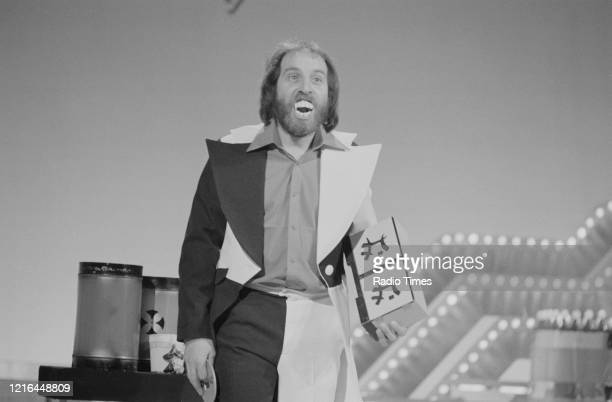 Magician Clive Webb performing on the BBC television show 'Ronnie Corbett's Saturday Special' February 11th 1978