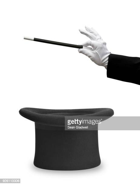 magician wand and top hat - cappello foto e immagini stock