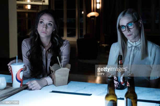 THE MAGICIANS Magicians Anonymous Episode 504 Pictured Stella Maeve as Julia Wicker Olivia Dudley as Alice Quinn