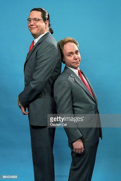 Magicians Penn and Teller posing backstage at the Warfield Theater in San Francisco during the 'Refrigerator Tour' on November 28 1990