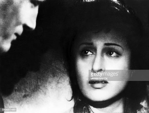 Magnani Anna Actress Italy * Scene from the movie 'Roma città aperta'' Directed by Roberto Rosselini Italy 1945 Produced by Excelsa Film Vintage...