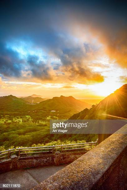 magnificent hawaii sunrise - honolulu stock pictures, royalty-free photos & images