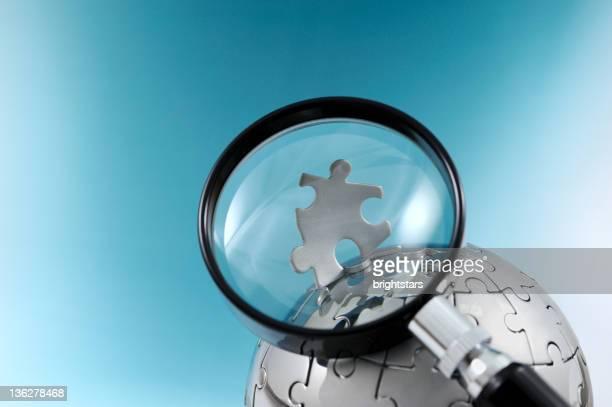 拡大鏡世界中のパズル