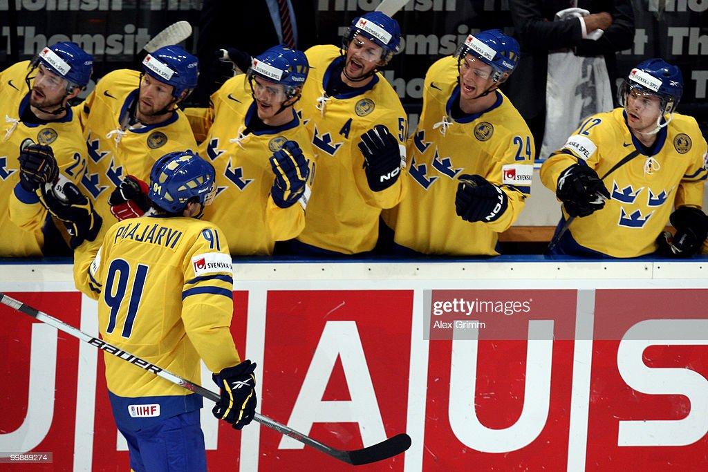 Switzerland v Sweden - 2010 IIHF World Championship
