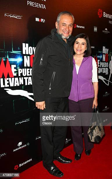 Mago Frank attends the red carpet of 'Hoy no me puedo levantar' at Almada Theater on February 18 2014 in Mexico City Mexico