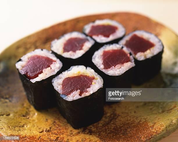 Maguro, sushi rolls