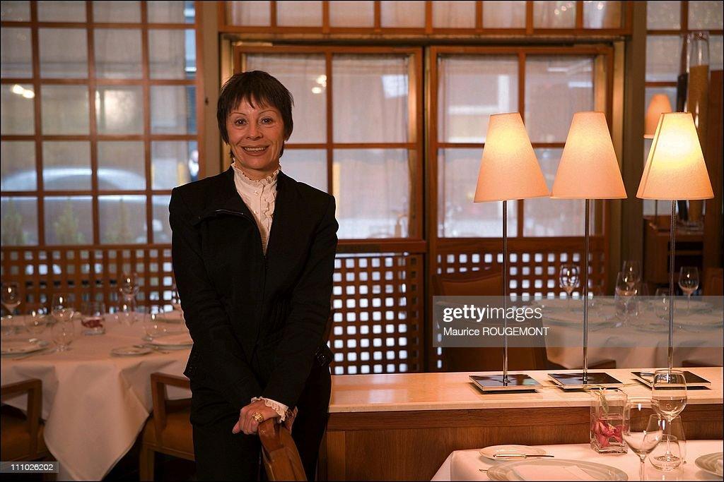 """""""Le Bernardin"""" restaurant in New York, United States on November 09th, 2005. : News Photo"""