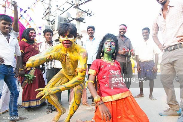 maha shivaratri dancers in india - maha shivaratri stock pictures, royalty-free photos & images