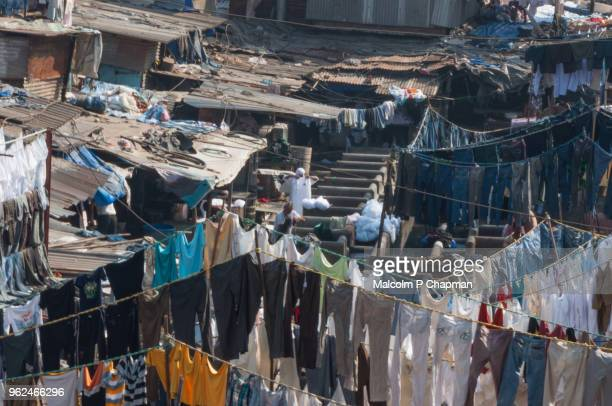 "mahalaxmi dhobi ghat, mumbai, india - world's largest outdoor laundry. - india ""malcolm p chapman"" or ""malcolm chapman"" ストックフォトと画像"