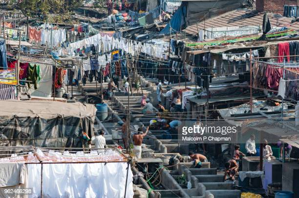 mahalaxmi dhobi ghat, mumbai, india - world's largest outdoor laundry. - ムンバイ ストックフォトと画像