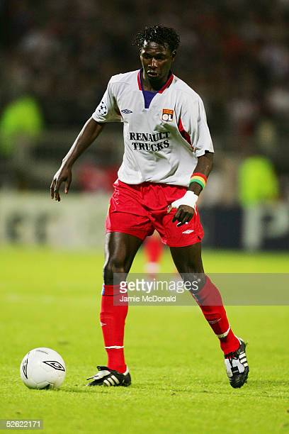 Mahamadou Diarra of Lyon in action during the UEFA Champions League Quarter Final first leg match between Olympique Lyonnais and PSV Eindhoven at the...