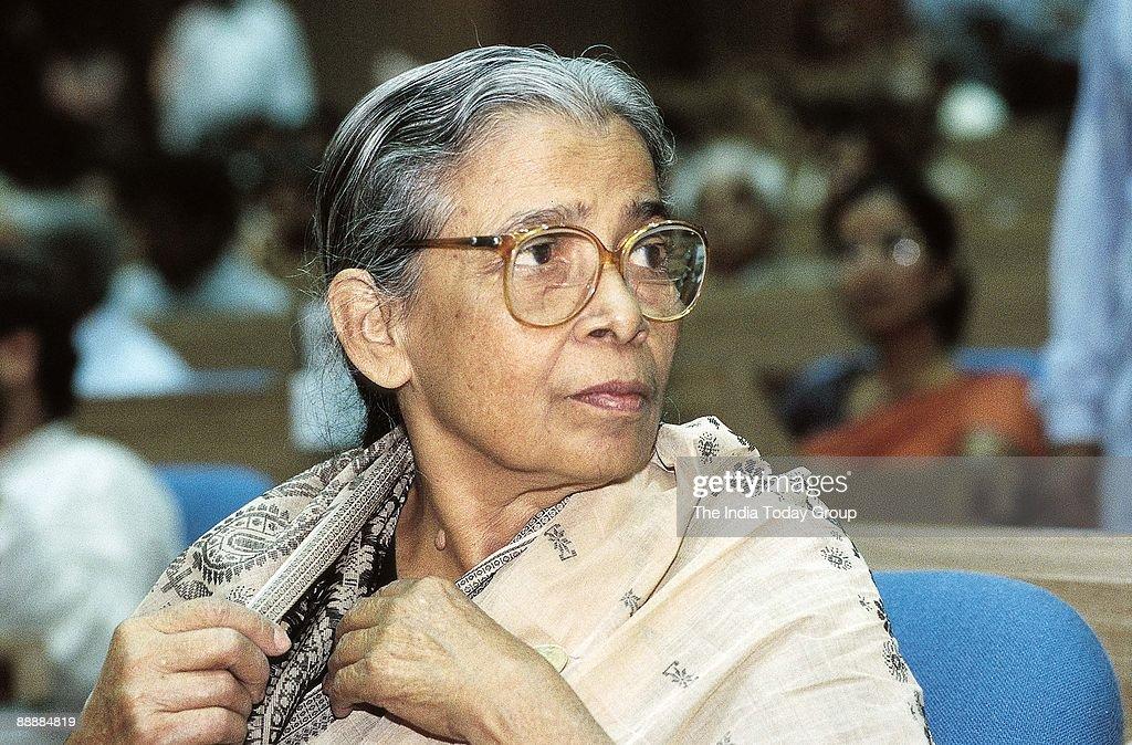 Mahasweta Devi, Woman Writer and Magasaysay Award Winner ( Books, Portrait ) : News Photo