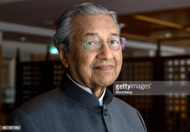 Mahathir Mohamad Malaysia's former prime minister poses for a photograph in Purtrajaya Malaysia on Tuesday April 11 2017 The sixdecade rule of Prime...