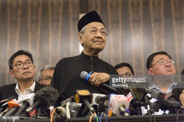 Mahathir Mohamad Malaysia's prime minister pauses while speaking during a news conference in Kuala Lumpur Malaysia on Thursday May 10 2018...