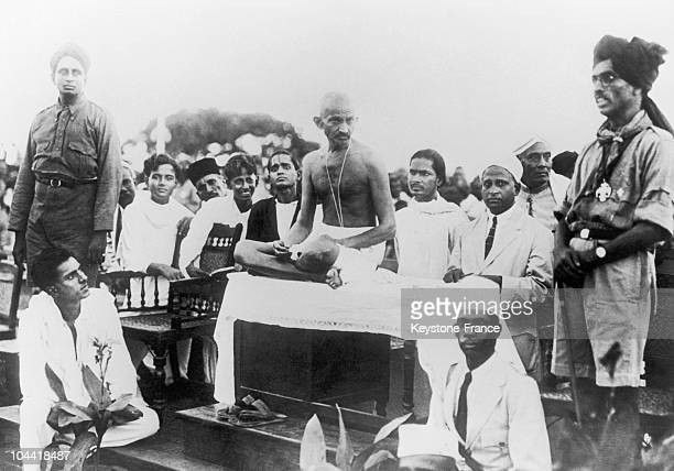 Mahatma Gandhi In Madras Giving A Speech Before A Group Of Boy Scouts Around 1915