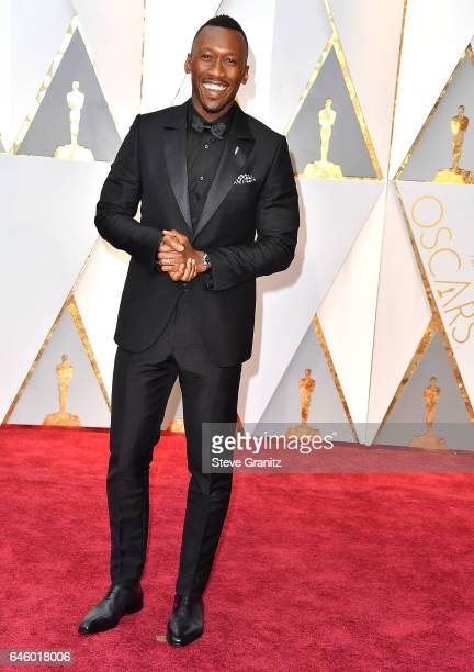 Mahershala Ali arrives at the 89th Annual Academy Awards at Hollywood Highland Center on February 26 2017 in Hollywood California