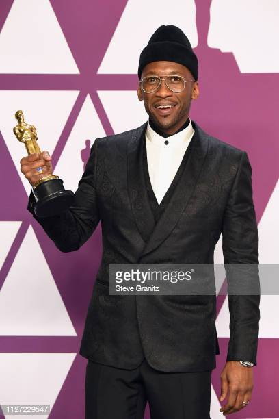 Mahershala Ali winner Best Actor in a Supporting Role for 'Green Book' poses in the press room during at Hollywood and Highland on February 24 2019...