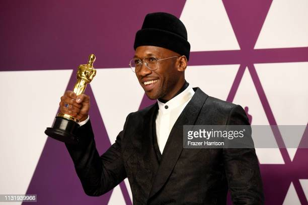 """Mahershala Ali, winner of Best Supporting Actor for """"Green Book,"""" poses in the press room during the 91st Annual Academy Awards at Hollywood and..."""