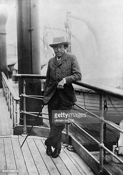 Mahler Gustav Composer Conductor Oesterreich *07071860 Portrait on the board of a liner on the way from New York to Europe April 1911 Photographer...
